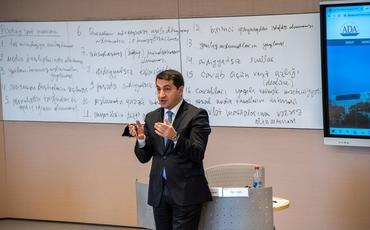 MEDIA media və kommunikasiya siyasəti ilə bağlı silsilə seminarlara başlayıb