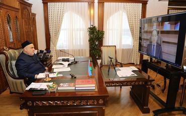 QMİ sədri İnsan Qardaşlığı Ali Komitəsinin Baş katibi ilə görüşüb