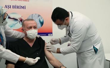 Türkiyə Prezidentinə koronavirusa qarşı peyvəndin ikinci dozası vurulub