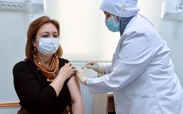 BŞTİ müdiri koronavirusa qarşı peyvənd olunub