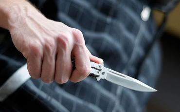 Gəncədə 9-cu sinif şagirdi 17 yaşlı oğlanı bıçaqlayıb