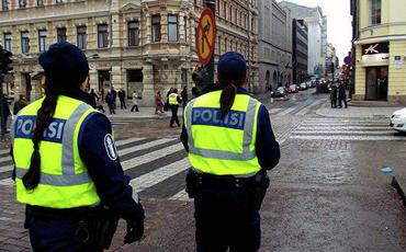 Helsinkidə məhdudiyyətlərə qarşı etiraz aksiyası keçirilib, saxlanılanlar var