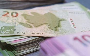 Azərbaycanda banklardan kənarda nağd pulun həcmi 24% artıb