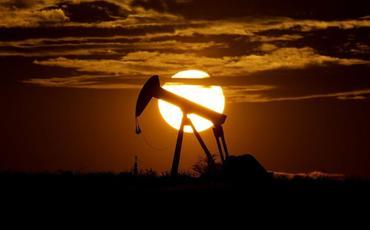 Dünya Bankı neftin builki qiyməti üzrə proqnozunu kəskin artırıb