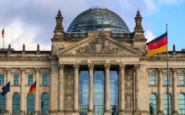 Sosial-Demokrat Partiyası Bundestaqa seçkilərdə qalib gəlib