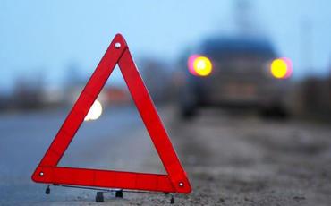 Ermənistanda yol qəzasında beş nəfər ölüb, on iki nəfər yaralanıb